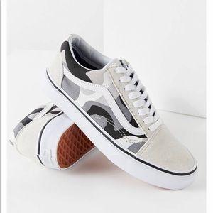 82505453e5 Women s Rare Vans Shoes on Poshmark